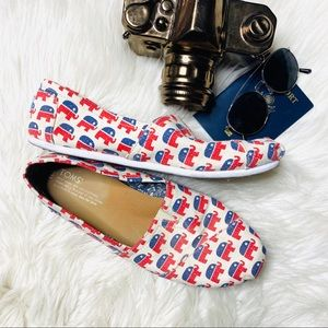 """TOMS """"Step Out and Vote"""" Republican Elephant Flats"""